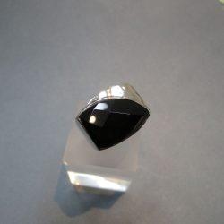 Fazettált Onix köves ezüst gyűrű
