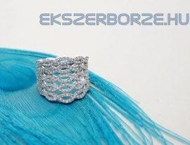 Cirkónia köves, homorú ezüst gyűrű