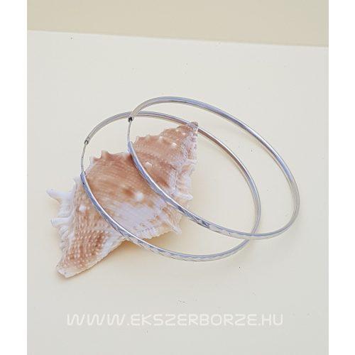 Gyémánt-metszett ezüst karika füli