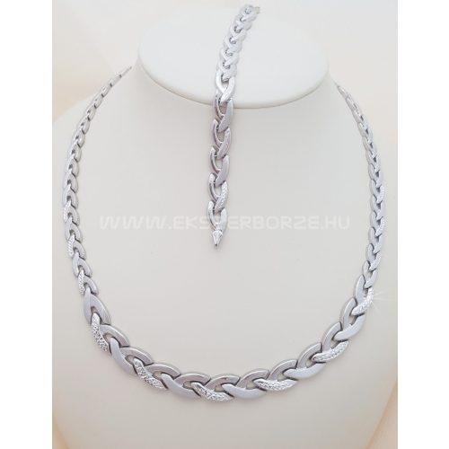 Gyémántvésett ezüst nyakék-karlánc szett