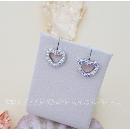 Szív alakú bedugós ezüst fülbevaló swarovski kövekkel