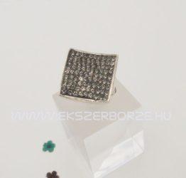 Swarovski kristályos ezüst gyűrű-homorú