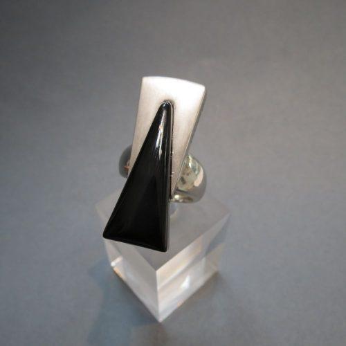 DUCADORO Onix köves ezüst gyűrű