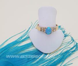 Kékopál és cirkónia köves arany gyűrű