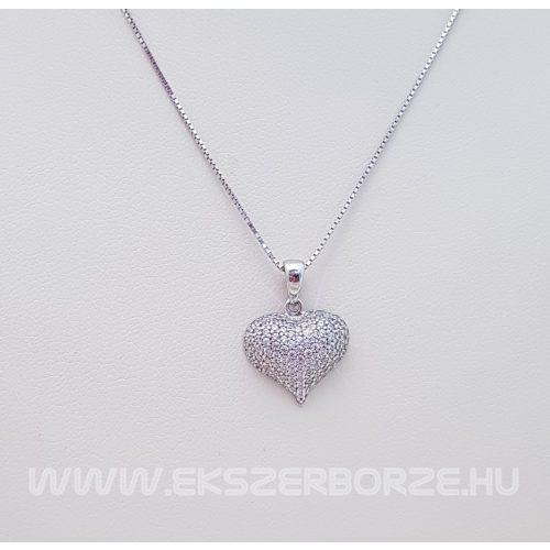 Fehérarany szív medál cirkónia kövekkel