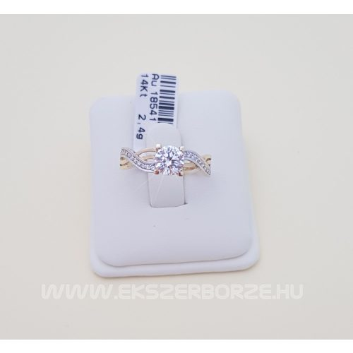 Köves arany gyűrű/eljegyzési gyűrű