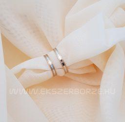 Kétszínű karikagyűrű