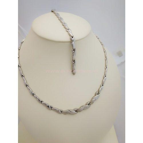 Kiszélesedő nyakék-karlánc szett, gyémántvéséssel