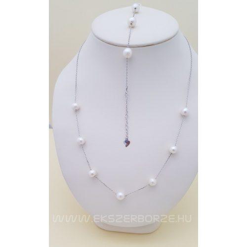 Csodás fehér édesvízi gyöngy ezüst láncra fűzve