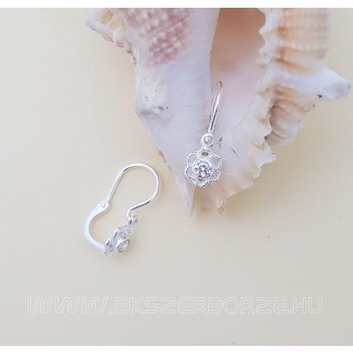 Virágos ezüst kislány fülbevaló