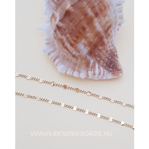 Tömör arany nyaklánc, pici csillogó kockákkal díszítve
